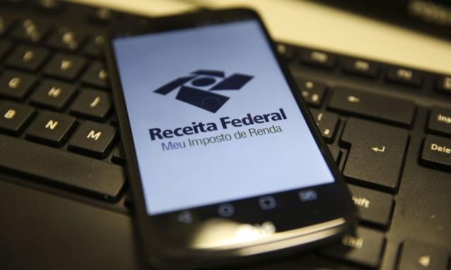 Receita abre na sexta-feira consulta ao 3º lote de restituição do IRPF