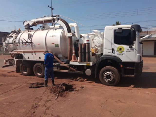 Prefeitura de Porto Velho trabalha em várias frentes para manter a cidade limpa
