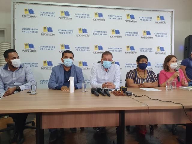Prefeito autoriza reforma de cinco unidades de saúde e Lar do Bebê