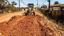Obras de pavimentação da Estrada do Belmont avançam durante o verão