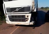 Motociclista morre atropelado por carreta na BR-364