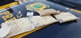 Motorista e passageiro são presos com drogas