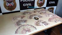 Policiais da 2ª DP apreendem R$ 10 mil em notas falsas