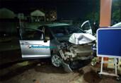 Motorista bêbado é preso após dirigir na contramão e destruir prédio do Samu