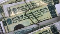 Bolsonaro sanciona lei que altera Código de Trânsito Brasileiro; veja como ficou