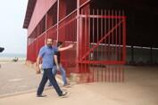 Gestão Hildon Chaves revitaliza região central e entrega documentos de imóveis aos moradores