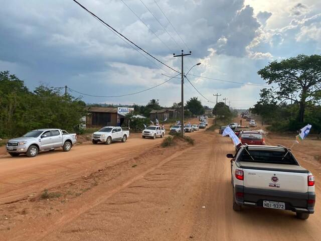 Candidato a vereador diz que Democratas distribui gasolina gratuita para carreata de Marcélio Brasileiro em Nova Mamoré