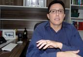 Advogado, defensor de Lebrinha, Glaucione e Lebrão, tenta tumultuar eleições em Porto Velho e ataca Hildon Chaves