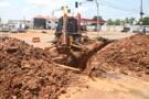 Hildon Chaves explica que alagações estão sendo combatidas com obras de drenagem