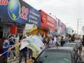 Lindomar Garçon e Milene Barreto do Republicanos fazem caminhada nas zonas Sul e Leste de Porto Velho