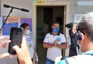 Vinicius Miguel vota e diz preferir não comentar sobre 2º turno