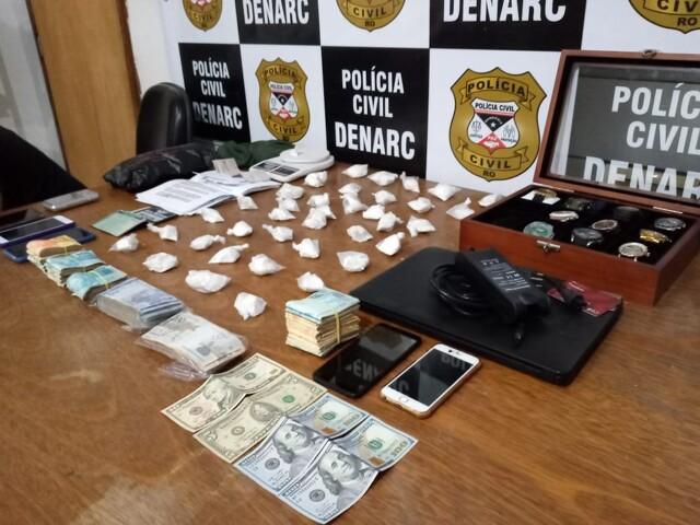 Homem e enteado são presos com grande quantidade de droga na Capital