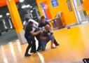 Vídeo: Homem negro é espancado e morto por seguranças em shopping de Porto Alegre