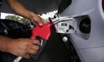 Petrobras anuncia aumento de 5% na gasolina e de 4% no diesel a partir desta terça