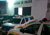 Vítima briga com assaltantes, que acabam presos na Zona Leste de Porto Velho