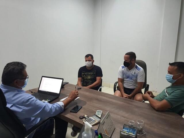 Vereador Edevaldo Neves atua nos bairros levando reivindicações à prefeitura