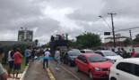 Motoristas de aplicativos e motoboys protestam contra aumento da gasolina