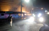 Vídeo: Incêndio destrói casa na Vila Tupi, em Porto Velho