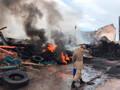 Vídeo: Bombeiros trabalham no resfriamento de área que pegou fogo em Porto Velho