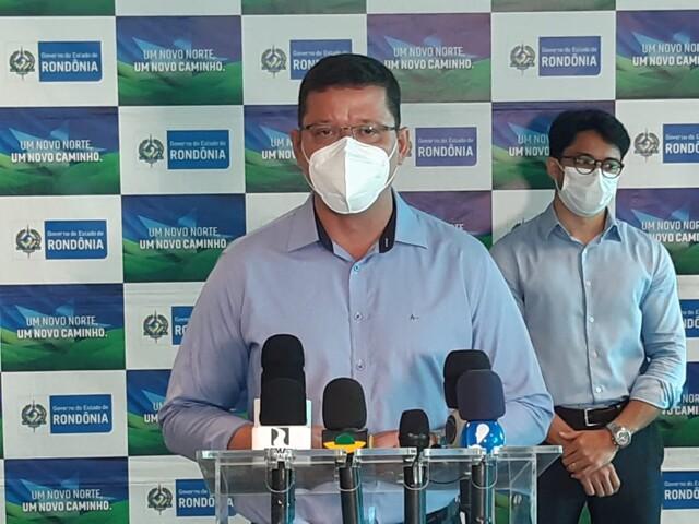 Novo decreto: Governador diz que pensou no sustento da população e viu redução de contágio