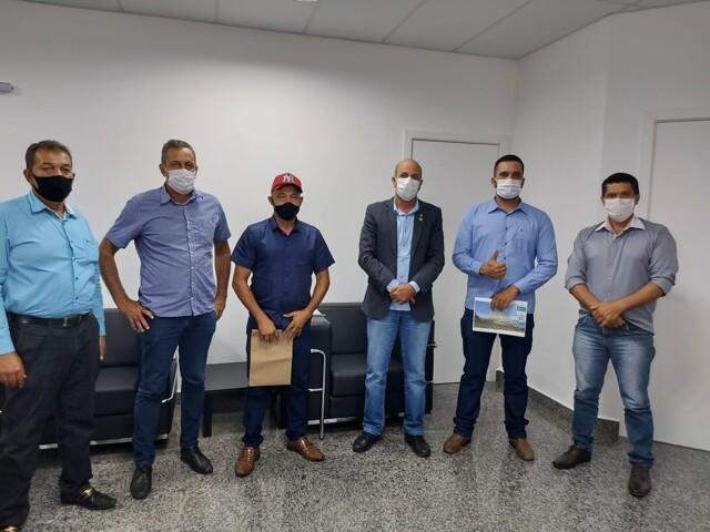 Ismael Crispin confirma R$ 500 mil para recapeamento asfáltico do centro de Mirante da Serra