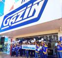 Funcionários das lojas Gazin homenageiam profissionais da enfermagem