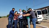 Ismael Crispin entrega veículo para ajudar estudantes universitários de Pimenteiras do Oeste