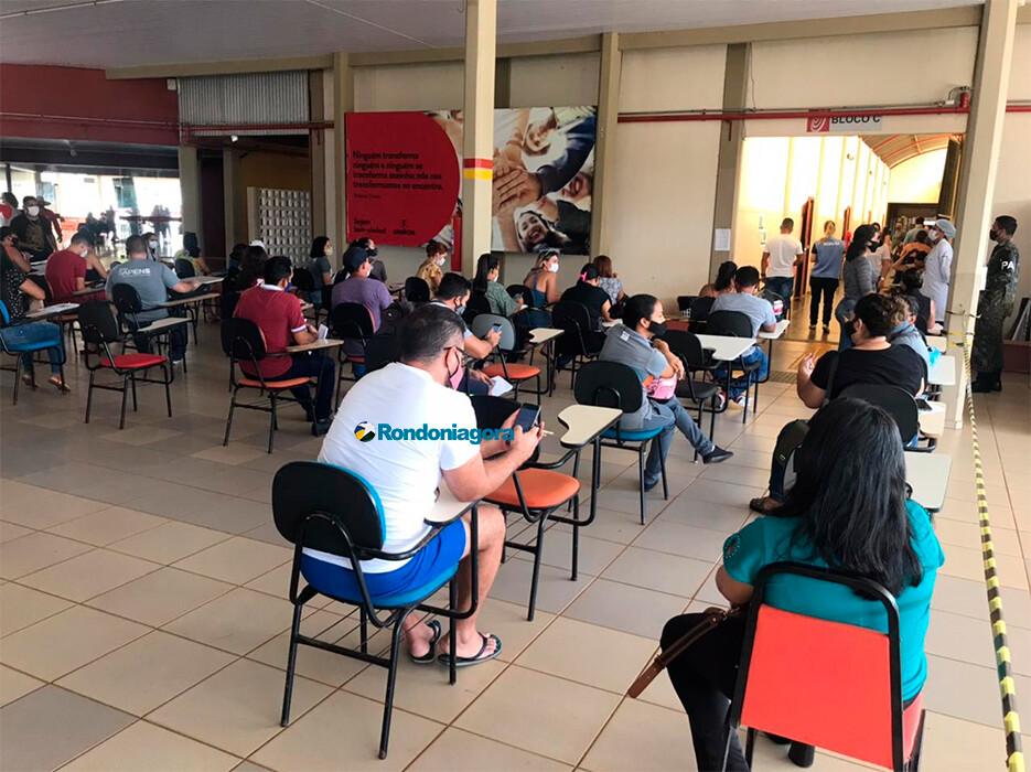 Porto Velho segue com vacinação de trabalhadores que atuam em creches, além de pessoas com comorbidades