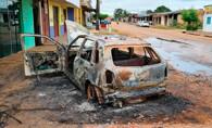 Haitiano é espancado após matar homem em Porto Velho; carro do acusado foi incendiado