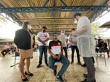 Com apoio do Estado, Candeias vacina 2.674 pessoas no domingo