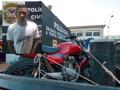 Polícia prende acusado de adulteração de veículos com drogas