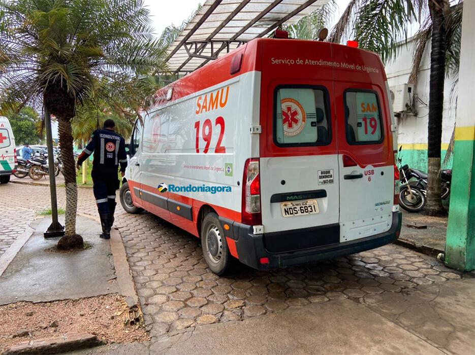 Motociclista fica gravemente ferido em acidente com caminhão caçamba na capital