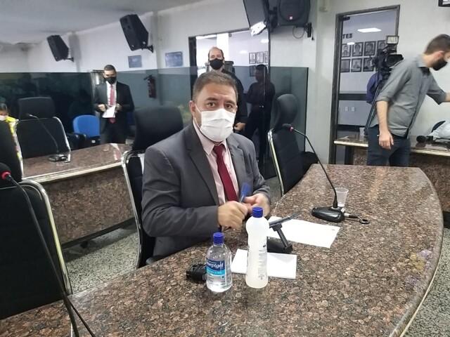 Fogaça: Câmara promulga projeto que obriga sanitização de estabelecimentos
