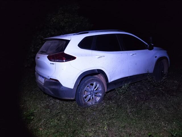 PM e PRF localizam em Guajará-Mirim carro furtado em Porto Velho