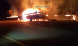 Incêndio destrói caminhão na BR-364