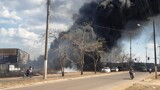Vídeo:  incêndio atinge terreno e destrói empresa na Zona Leste de Porto Velho