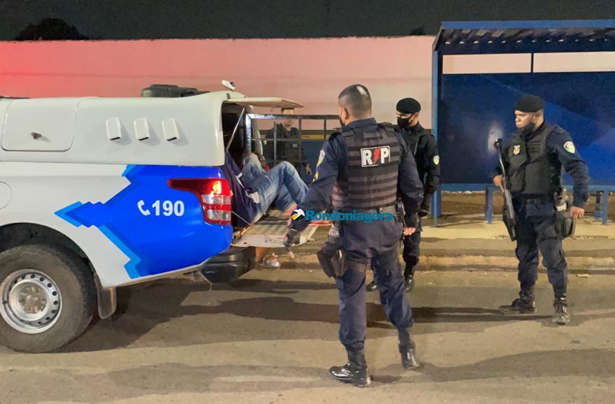 PM age rápido e prende bando armado acusado de roubo em Porto Velho