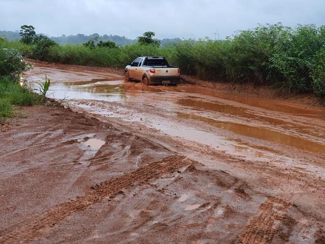 DER avança com asfaltamento da Estrada da Penal, recupera trechos e fará rampa de acesso no Jamari