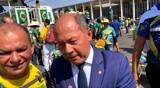 Fechado com Bolsonaro, Chrisóstomo vai para o meio do povo e na câmara incentiva deputados a defender os brasileiros