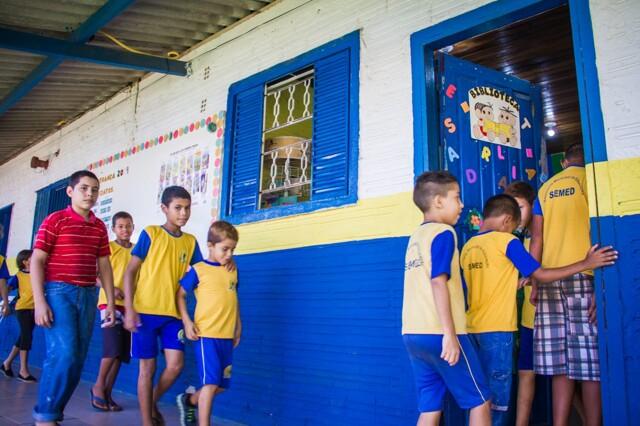 Em Rondônia, 93,3% dos estudantes de 13 a 17 anos estudavam em escolas públicas