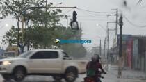 Vídeo: Temporal com granizo e fortes ventos em Porto Velho