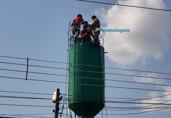 Alta temperatura: trabalhador sobrevivente de pintura em caixa d'água receba alta