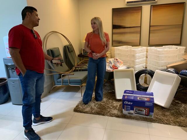Ieda Chaves doa salário do prefeito e garante retomada das atividades de cooperativa no Cuniã