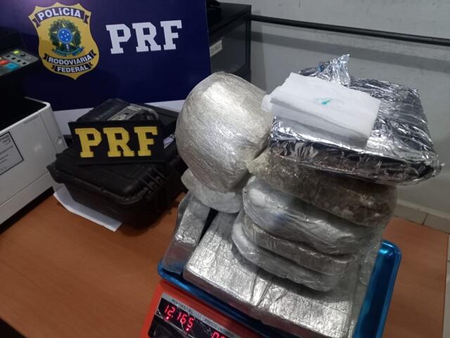 Mulher é presa com 12 quilos de cocaína em Porto Velho