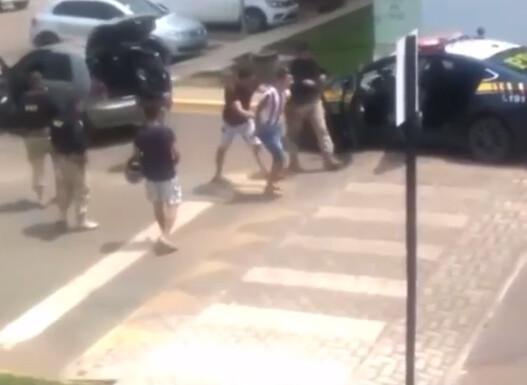Traficante é preso com tabletes de maconha em condomínio após fugir de abordagem da PRF