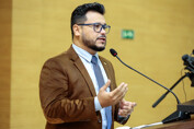 Projeto dos deputados, Marcelo Cruz e Jair Montes para distribuição de absorventes na rede de ensino fundamental e médio é aprovado
