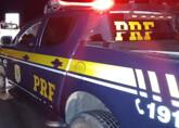 Colisão frontal entre carro e moto deixa jovem morto na BR-364